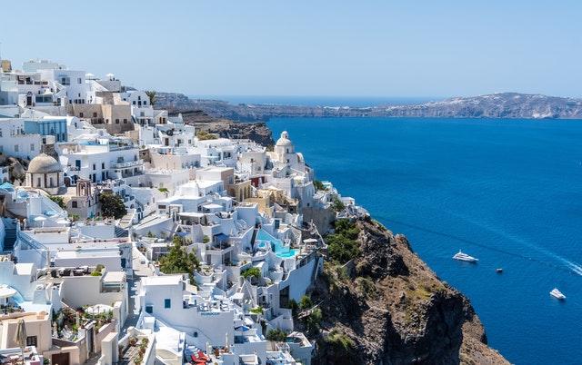 平凡サラリーマンのええぞうが、思い浮かべる地中海のイメージ(平凡) ちなみにこれはギリシャだそうです。